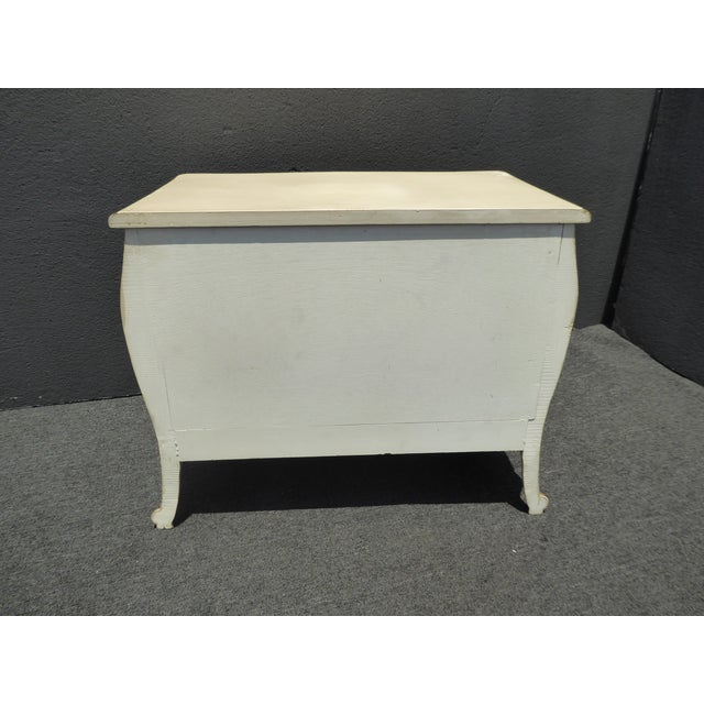 1950's Vintage French Provincial Country White Gold Nightstand W Brass Hardware For Sale - Image 12 of 13