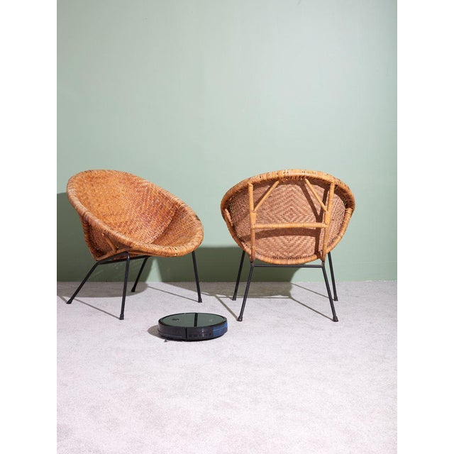 1960s 1960s Wicker and Iron Scoop Bucket Chair For Sale - Image 5 of 7