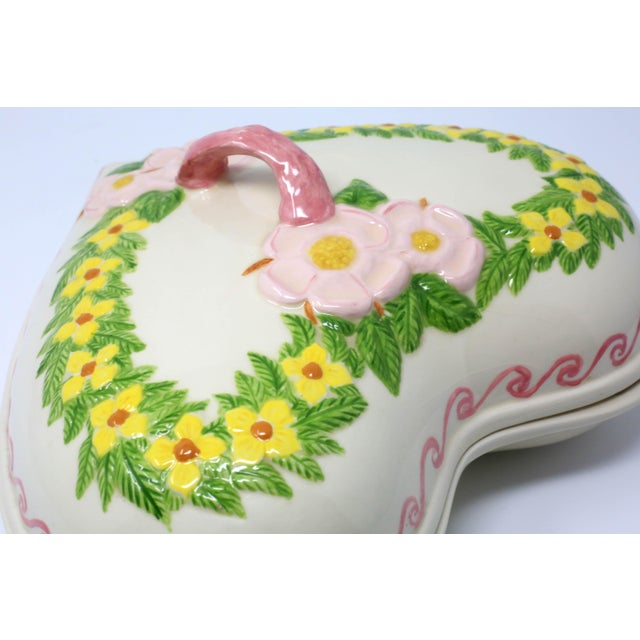 1980s Vintage Heart Shaped Hand Painted Ceramic Tureen / Lidded Bowl For Sale - Image 5 of 13