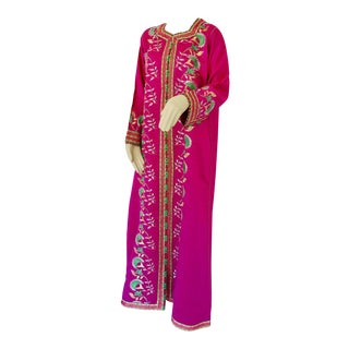 Gorgeous Moroccan Caftan in Hot Pink Fuchsia Maxi Dress Kaftan For Sale