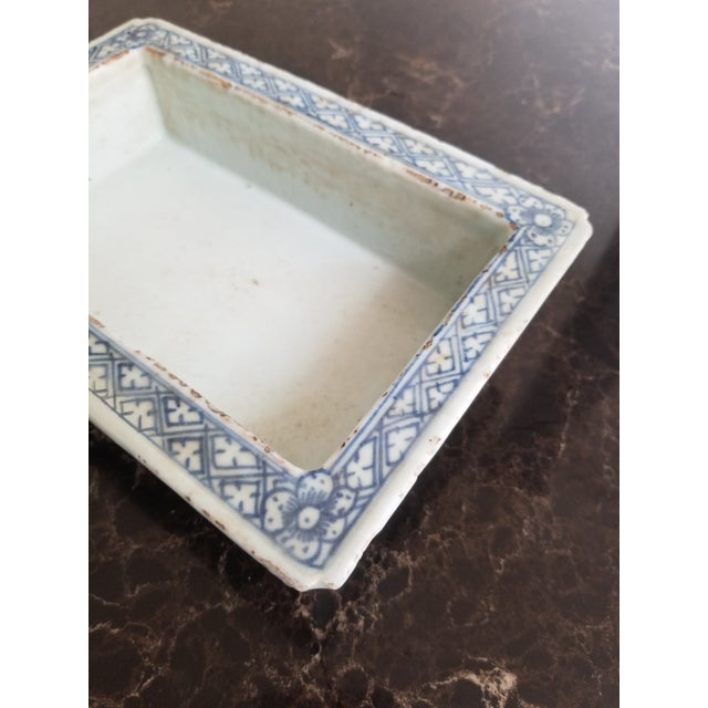 Ceramic Antique Chinese Blue and White Narcissus Jardiniere For Sale - Image 7 of 8