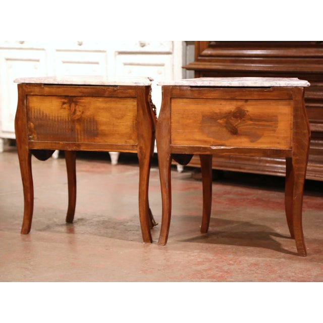 Vintage Louis XV Burl Walnut Bombe Nightstands Chests With Marble Top - a Pair For Sale - Image 9 of 11