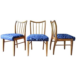 Mid-Century Modern Oak Dining Chairs - Set of 3 For Sale