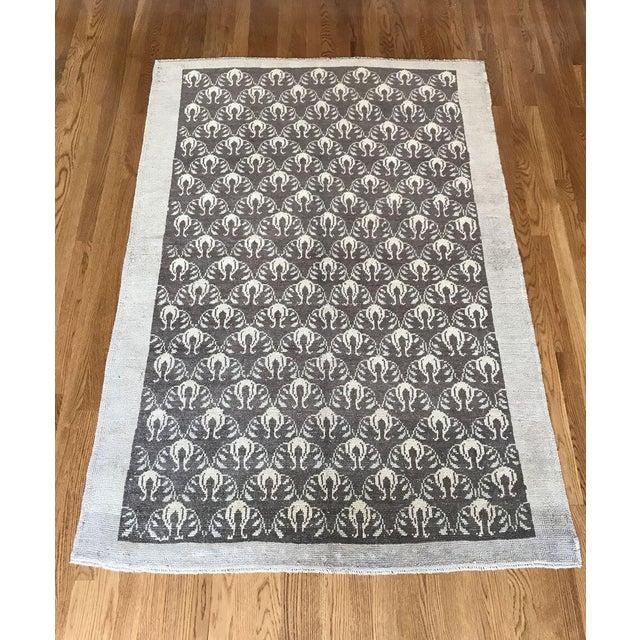 "Textile Bellwether Rugs Vintage Brown Patterned Turkish Rug ""Remy"" - 4′2″ × 6′1″ For Sale - Image 7 of 7"