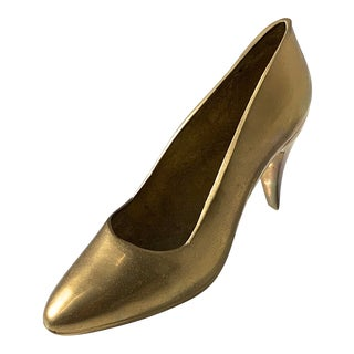 1970s Vintage Solid Brass Stiletto Shoe Sculpture For Sale