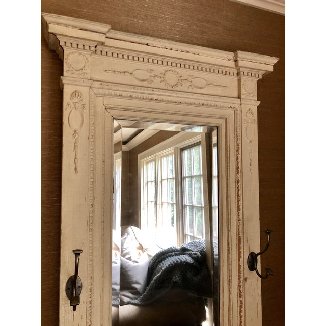 Shabby Chic Early 20th Century Antique Wood Floor Mirror For Sale - Image 3 of 8