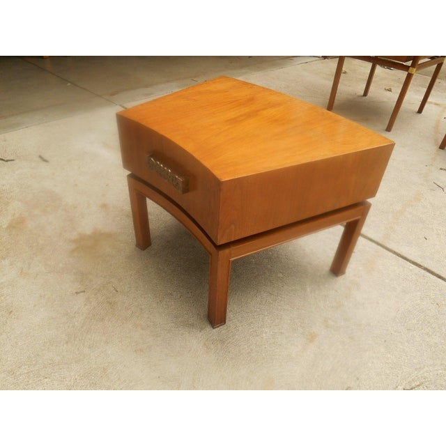 Mid-Century Modern Mod Floating Butcher Block Table For Sale - Image 3 of 9