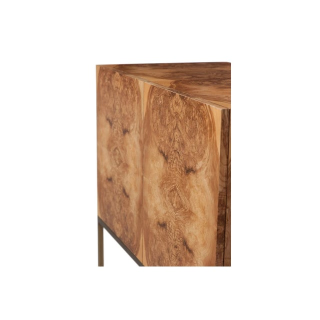 Mid Century Modern Burl Cabinet For Sale In New York - Image 6 of 7