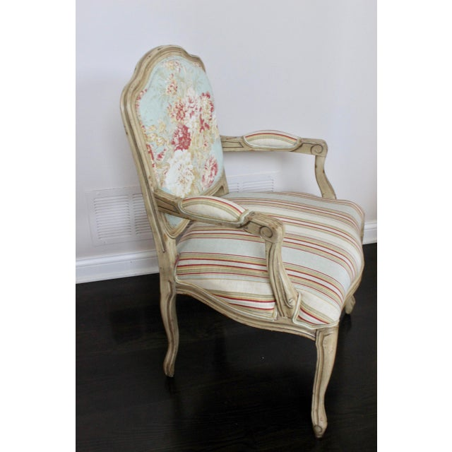 French Country Vintage French Louis XV Floral Bergere Armchair For Sale - Image 3 of 7