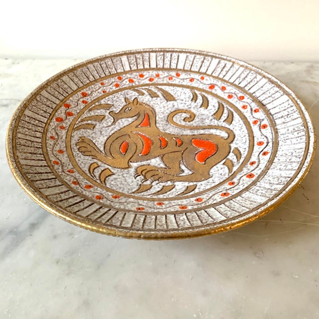 "Stylish Mid century modern horse plate pottery. Bitossi Italian pottery signed Elbee and numbered. 12.5"" dia 2""h"