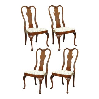 Quality Set of 4 Queen Anne English Style Carved Mahogany Dining Room Side Chair For Sale