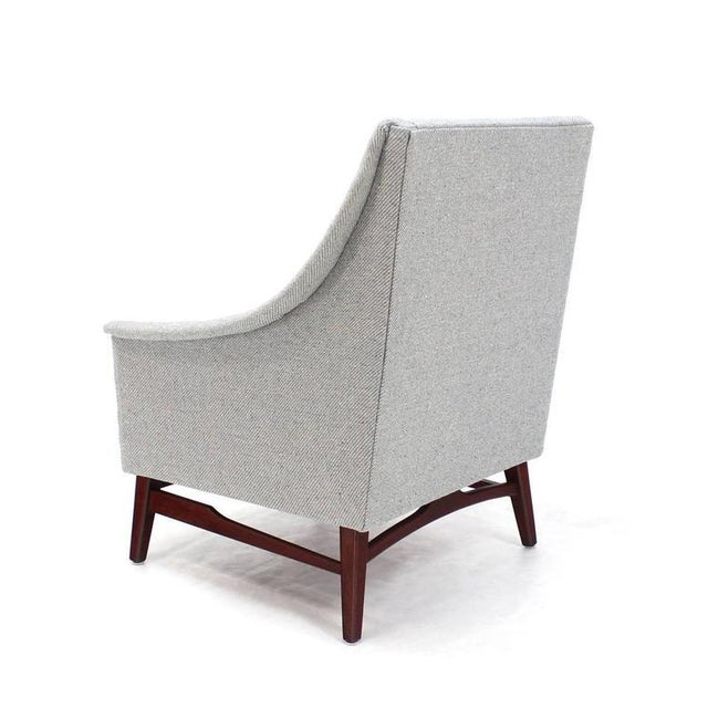 Mid-Century Modern Vintage Mid Century Newly Upholstered Danish Modern Lounge Chair For Sale - Image 3 of 9