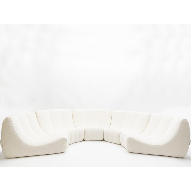 Very rare and unique extra large Gilda circle sofa by Michel Ducaroy made by Ligne Roset in 1972. The sofa consists of...