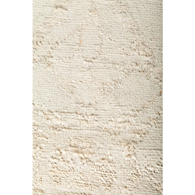 "Contemporary Vibrance Hand Knotted Runner Rug - 2' 5"" X 11' 5"" For Sale - Image 3 of 4"