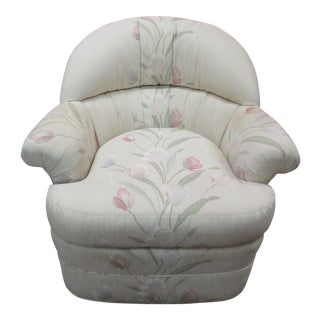 Club Style Swivel Chair by Sherrill For Sale
