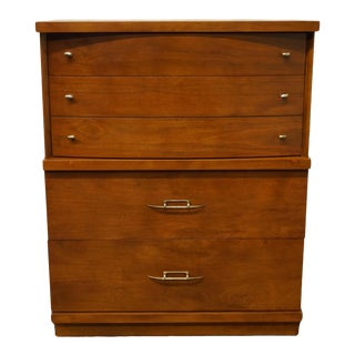 """Drew Furniture Mid Century Modern 34"""" Four Drawer Chest 5620 For Sale"""