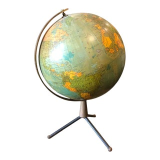 1950s Italian Mid-Century Modern Brass and Bakelite Globe Table Lamp For Sale