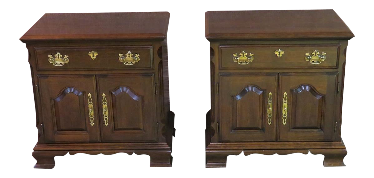 High Quality 1960s Traditional Pennsylvania House Cherry Night Stands   A Pair