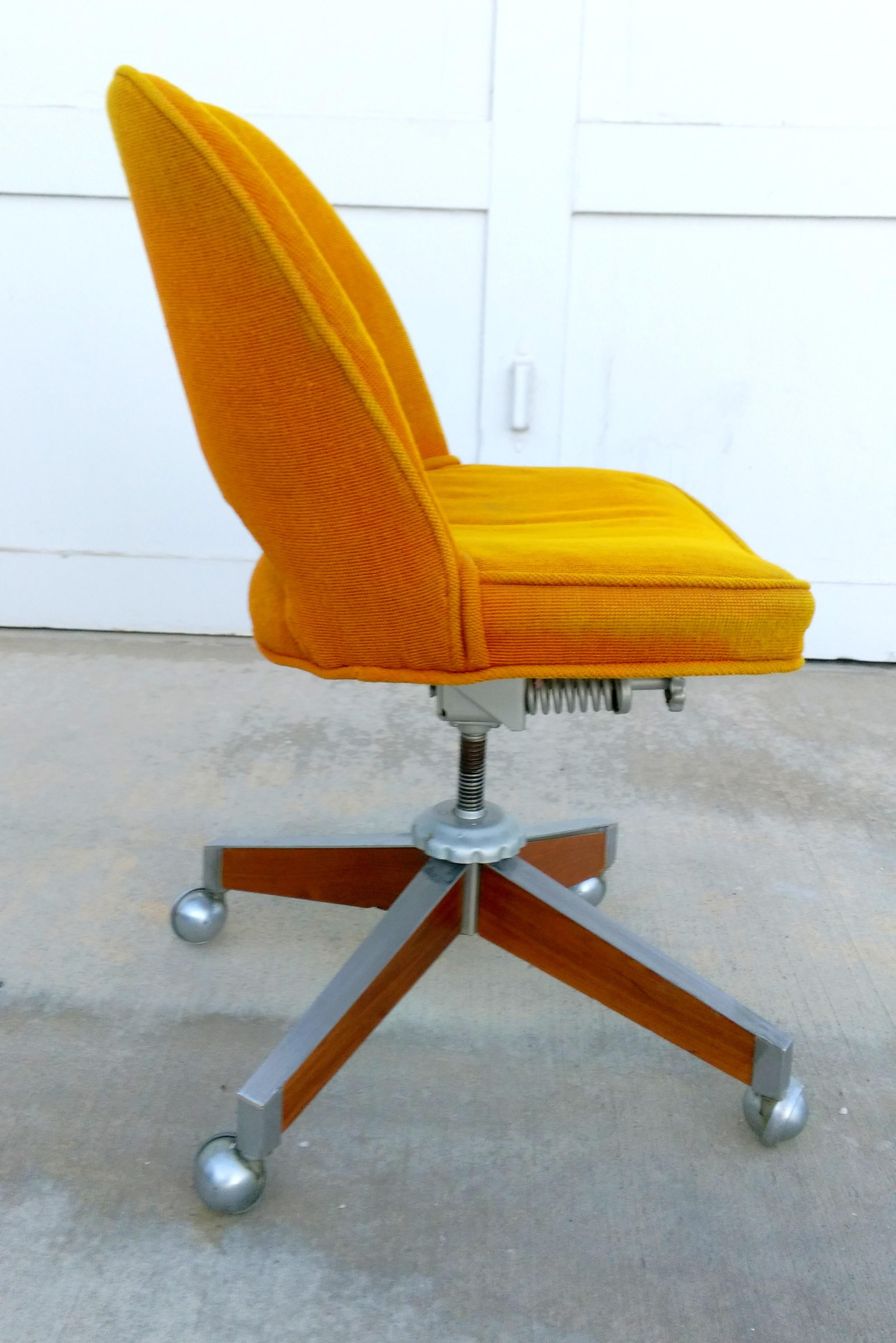 Vintage SENG Chicago Task Chair For Sale - Image 4 of 10  sc 1 st  Chairish & Vintage SENG Chicago Task Chair | Chairish