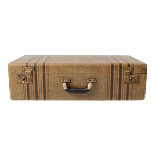 Vintage Suitcase Circa 1930s For Sale