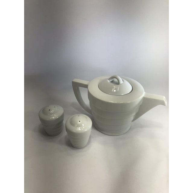Krup's Guggenheim Frank Lloyd Wright Collection Teapot and Lid White and Salt and Pepper Set. Discontinued and no longer...