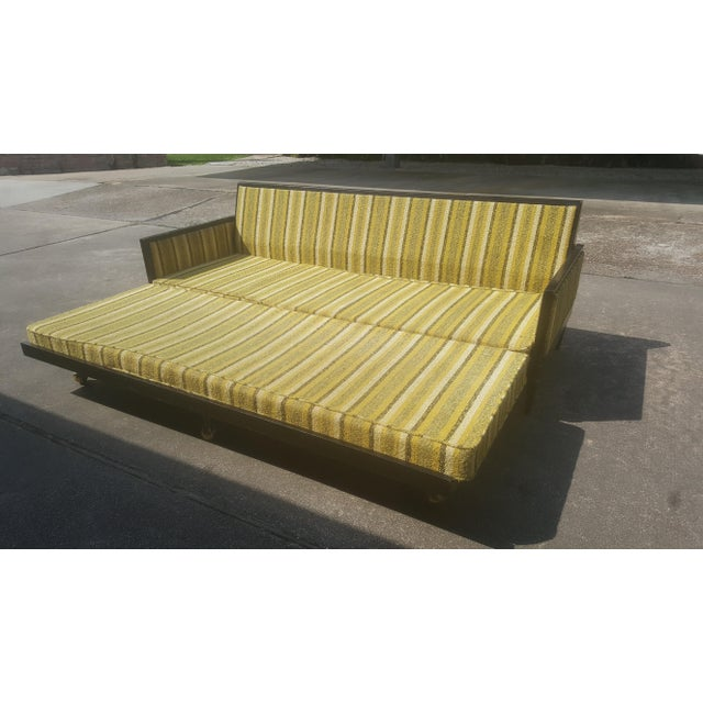 Mid-Century Modern Mid-Century Modern Convertible Sleeper Sofa For Sale - Image 3 of 11