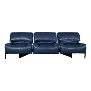 Mid-Century Modern Design Deep Navy Blue Leather Three-seat 'Veranda' Sofa by Vico Magistretti for Cassina, 1970s For Sale