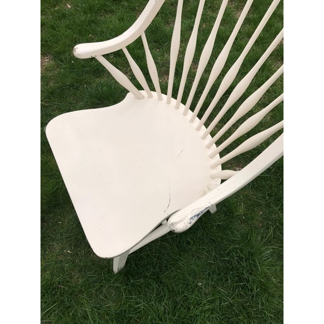 Farmhouse Windsor Chairs - Set of 4 - Image 9 of 9