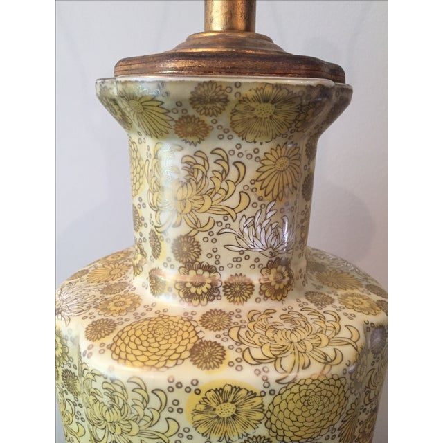 Vintage Ceramic Yellow Champagne Floral Table Lamp For Sale In Washington DC - Image 6 of 7