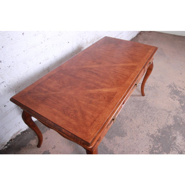 1970s Vintage French Provincial Louis XV Style Oak Writing Desk by Hickory For Sale - Image 5 of 13