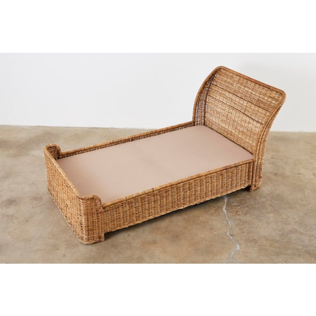 Organic Modern Style Wicker Daybed or Chaise Lounge For Sale - Image 4 of 13