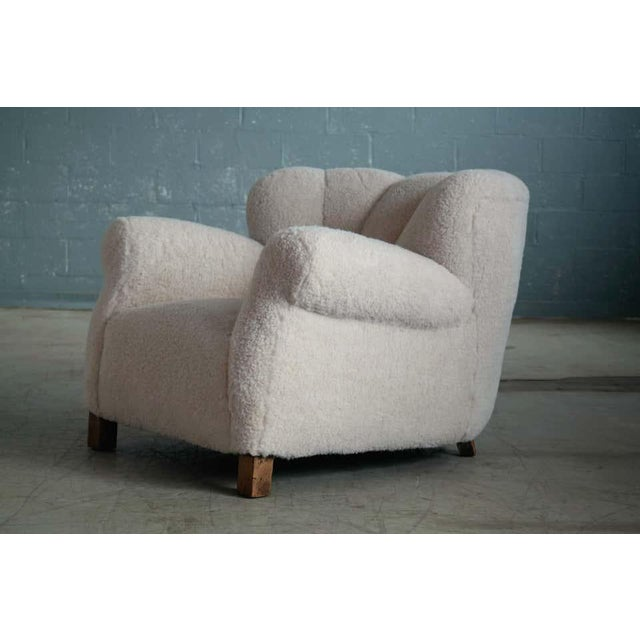 Wood Large Size Club Chair in Lambswool Model 1518 by Fritz Hansen, Denmark, 1940s For Sale - Image 7 of 10