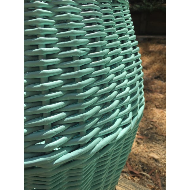 Vintage Turquoise Lidded Wicker Basket - Image 9 of 10