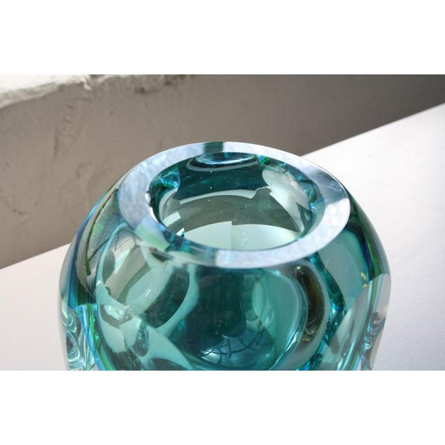 Faceted Murano Sommerso Glass Vases - Set of 3 For Sale - Image 7 of 8