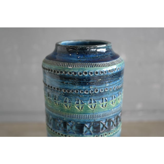 Aldo Londi for Bitossi Remini Blu Ceramic Vase For Sale In New York - Image 6 of 8