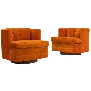Pair of Mid Century Modern Swivel Lounge Chairs For Sale