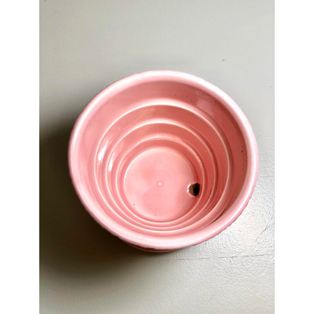 "Ceramic McCoy Pottery Small ""Pink"" Mid-Century Flowerpot and Saucer For Sale - Image 7 of 10"
