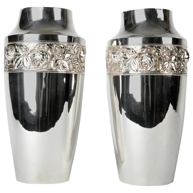 Pair of English Vases For Sale