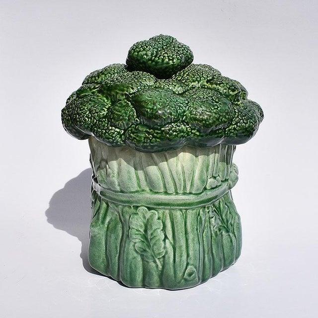 Ceramic Mid Century Modern Ceramic Green Vegetable Broccoli Trompe L'oeil Cookie Jar For Sale - Image 7 of 7