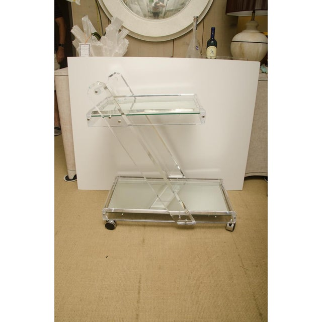 Mid-Century Modern Mid-Century Lucite Tea Cart with Two Mirrored Shelves For Sale - Image 3 of 8