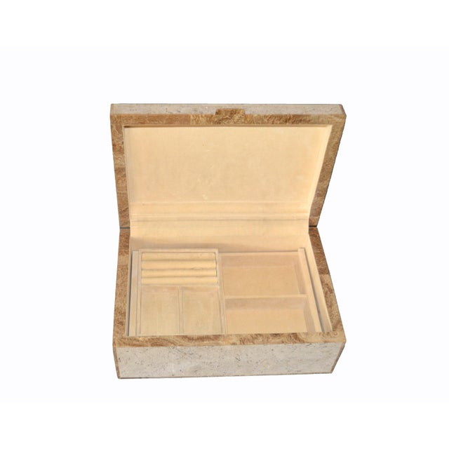 Mid-Century Modern Maitland Smith Vintage Beige Tessellated Stone and Onyx Decorative Jewelry Box For Sale - Image 3 of 13