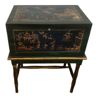 Vintage Chinoiserie Chinese Painted Writing Table Box With Gilt and Green Painting For Sale