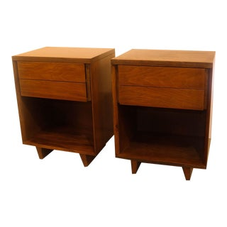 Vintage John Stuart Mid Century Nightstands Pair For Sale