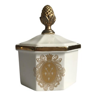 Vintage Bowl With Gold Acorn Finial Cover For Sale