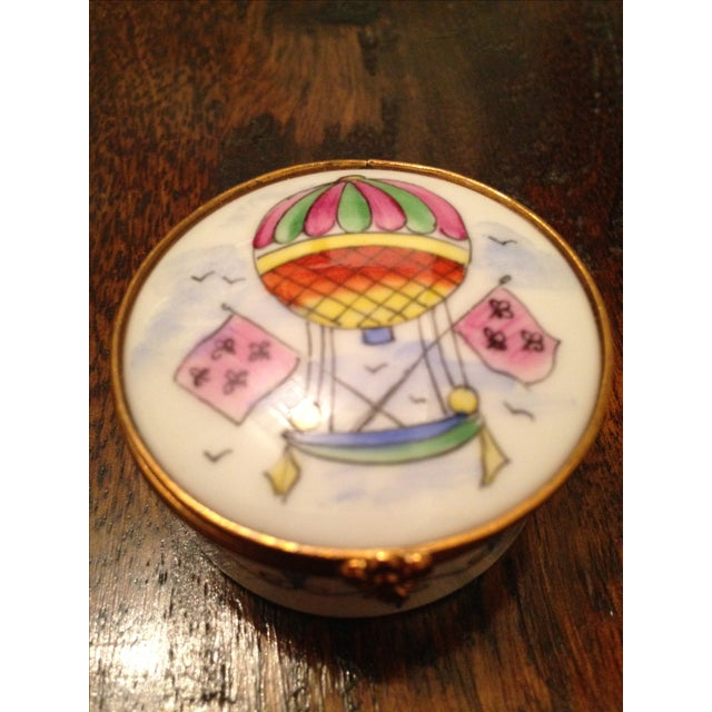 1970s Vintage Hot Air Balloon Hinged Trinket Box For Sale - Image 5 of 7
