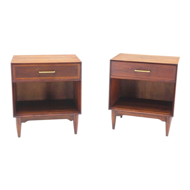 Pair of Mid-Century Modern Walnut End Tables with Brass Pulls For Sale