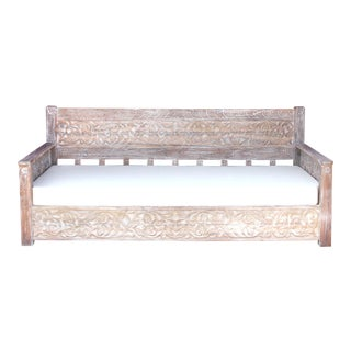 Beautiful Whitewashed Floral Carved Daybed For Sale