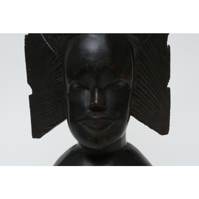 Vintage African bust made in Kenya. Hand carved dark wood. Beautiful styling for your mantle, shelf and console!