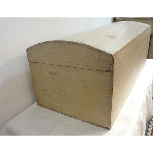 19th Century Original Cream Painted Dome Top Trunk from New England - Image 5 of 7