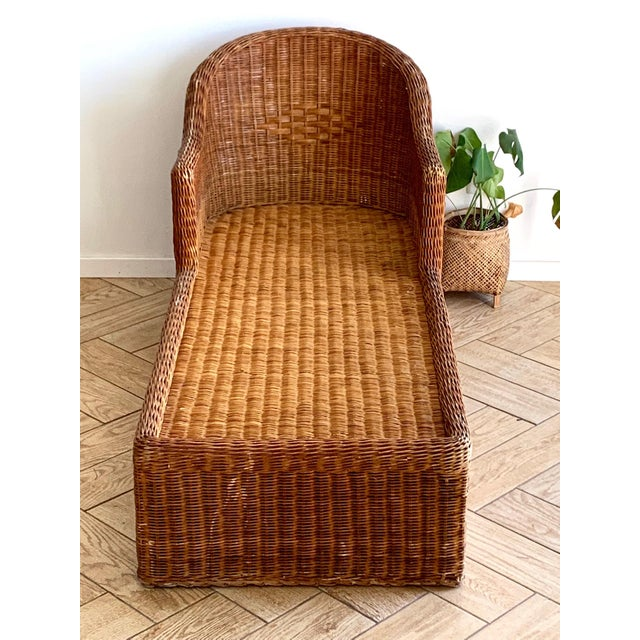 1990s 1990s Vintage Wicker Chaise For Sale - Image 5 of 11